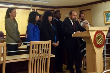 California state Sen. Jerry Hill (D-San Mateo) speaking at a news conference in Sacramento about a bill he authored that would require medical practitioners to notify patients if they are on probation. (Ana Ibarra/California Healthline)
