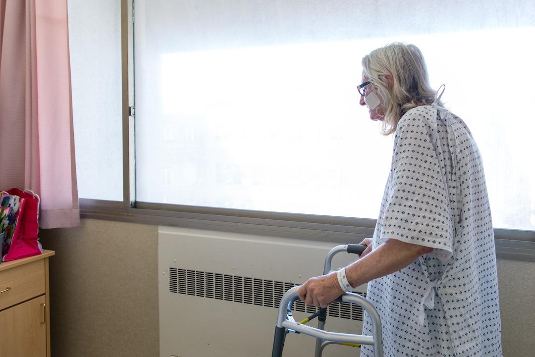 Janet Prochazka, 74, in her room at San Francisco General Hospital on Thursday, March 24, 2016. (Heidi de Marco/KHN)